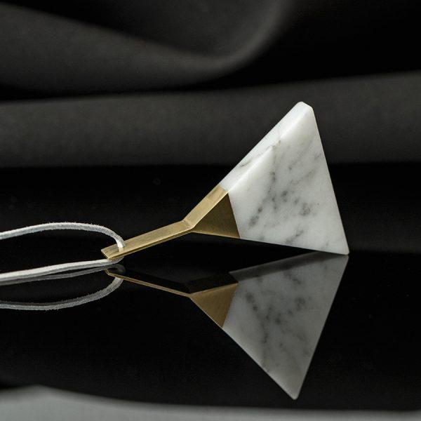 triangle_bianco_thmb