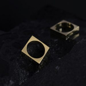 VESPERTINE SQUARE RING