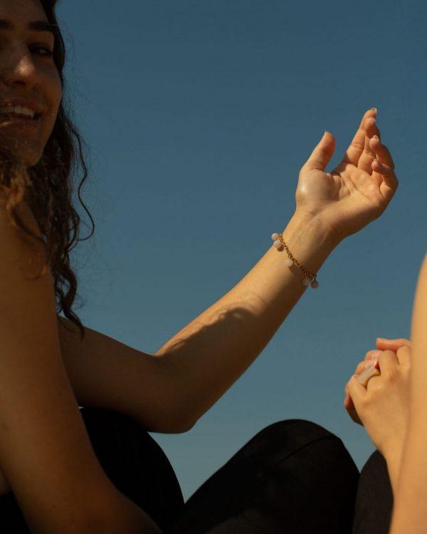 metaformi_design_jewelry_guilty_pleasures_gold_five_ball_bracelet_model_3
