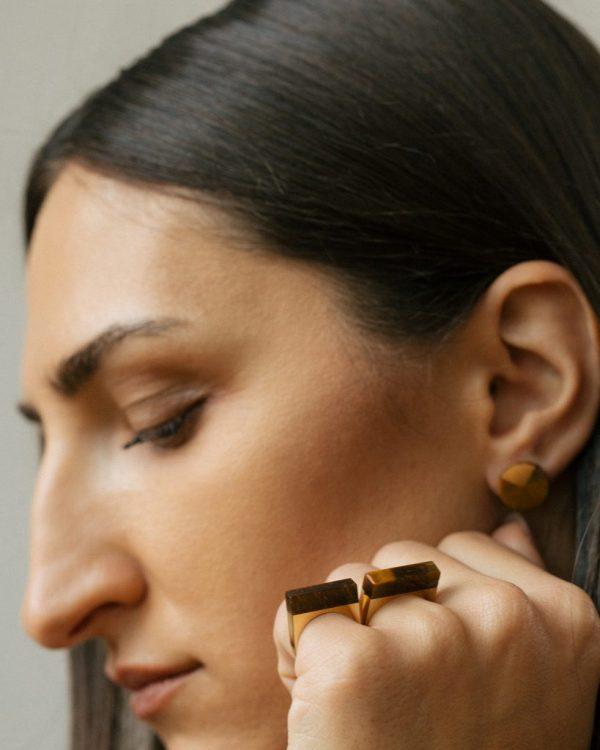 metaformi_design_jewelry_split_ring_tiger_eye_model_10