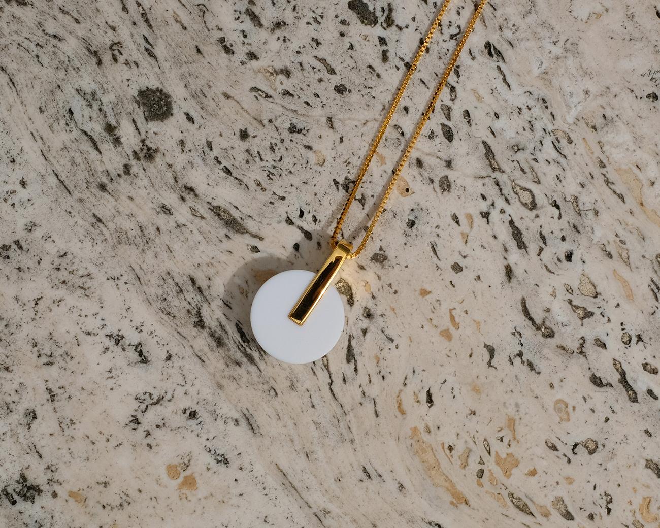 metaformi_design_jewelry_adamantine_necklace_agate_thmb